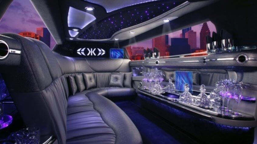 chrysler-300C-limo-hire-interior